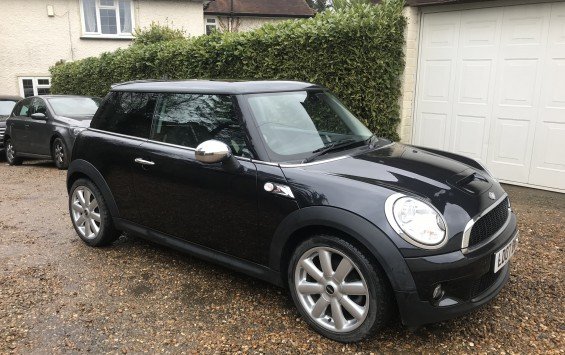 MINI COOPER S 6 SPEED MANUAL