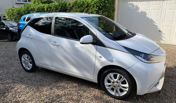 Toyota AYGO 1.0 VVT-I X-Pure 5 door